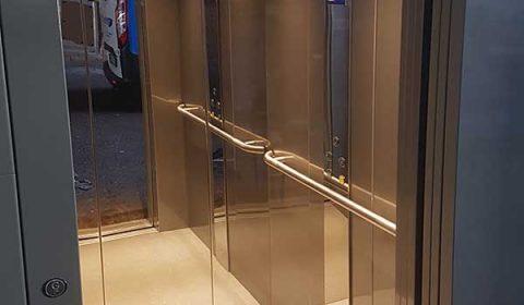 DDA Compliant Commercial Lift