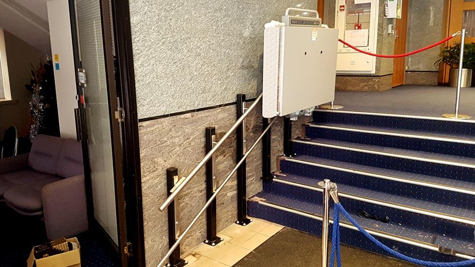 Wheelchair lift elizabeth street sydney