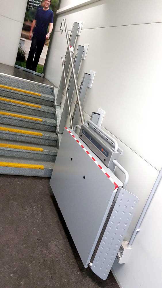 wheelchair lift banyou queensland