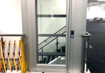 Flex-E commercial lift
