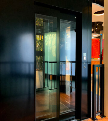 Waterloo Commercial Lift