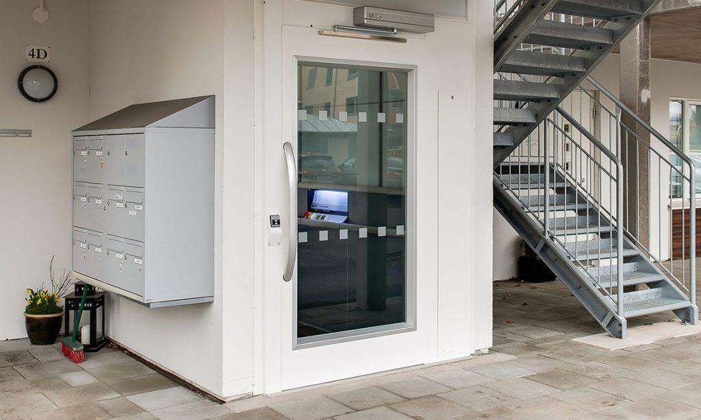 flex-e goods commercial lift columns