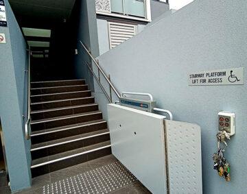 platform-vertical-stairlift-Wolli-Creek-NSW2